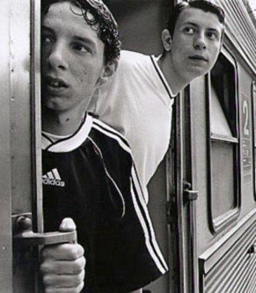 Guys in train go!