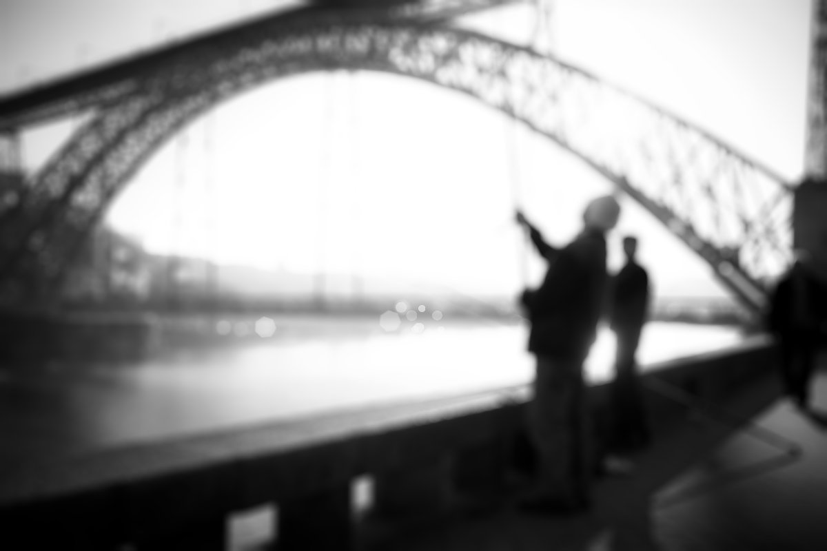 porto bridge focus blur